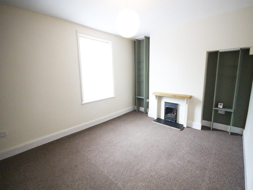 2 bedroom flat To Let in Barnoldswick - Property photograph